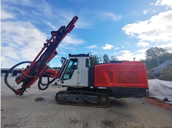 SANDVIK DX800 Crawler Blast Hole drilling rig, 2007 for sale