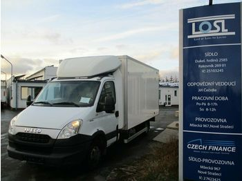 Closed box van Iveco 50C15 Daily 3.500kg 4,5m