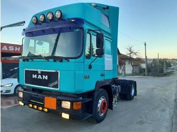 MAN 19.402 4X2 tractor unit - perfect - tractor unit