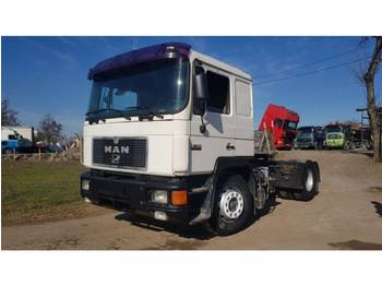 MAN 19.422 4X2 tractor unit - tractor unit