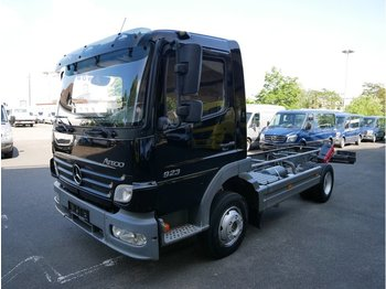 Cab chassis truck MERCEDES-BENZ Atego 2 6-Zyl. 4x2 923 4x2 OM 906 LA